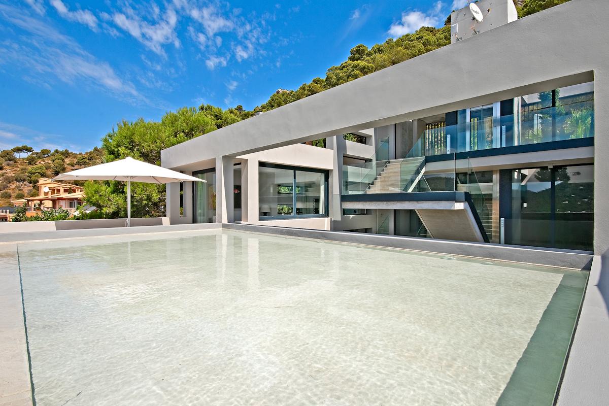 MARIO STARK Real Estate 101.1